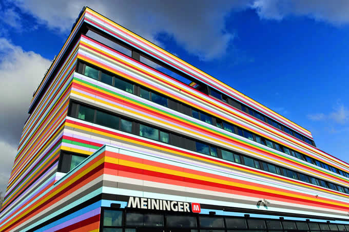 Fassadengestaltung Meininger Hotel Berlin Airport © BauWerkPlan